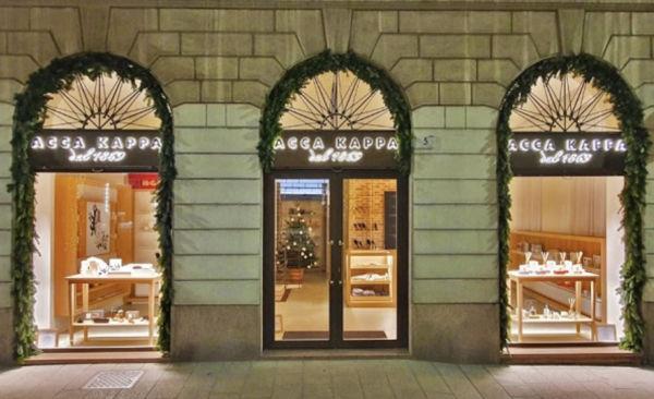 Prima boutique italiana per Acca Kappa
