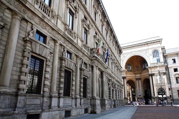 Piazza Duomo cambia faccia grazie a uno sponsor