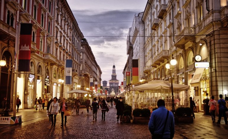 Un negozio a Milano rende in media il 4,5%