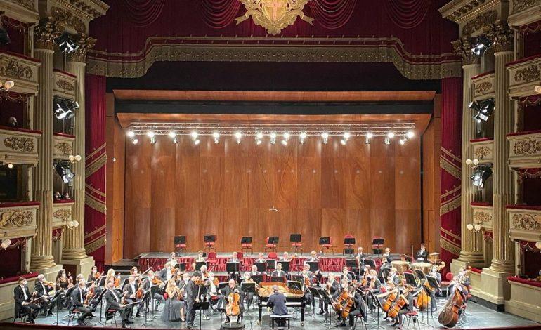 Filarmonica della Scala rinvia a febbraio la stagione